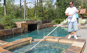 pool & spa cleaning